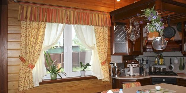 Как подобрать занавески на кухню