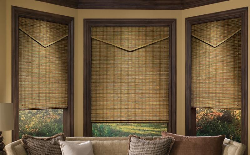 Можно выбрать бамбуковые жалюзи в римском стиле