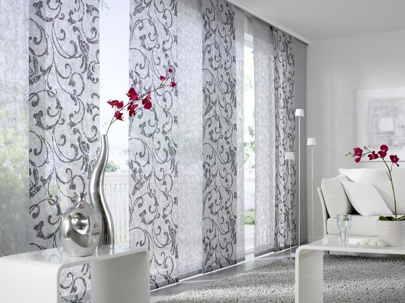 Японские шторы входят в моду с огромной силой, благодаря своей свежести